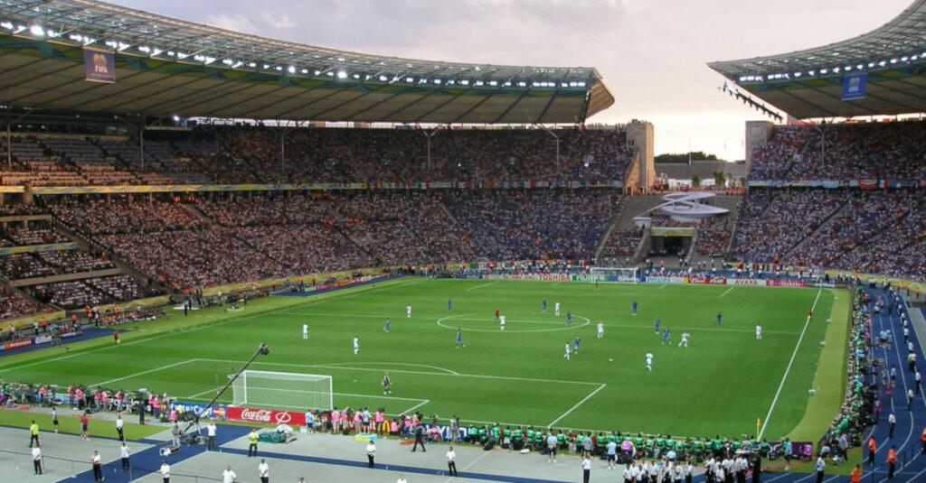 Symbolbild Fußballspiel