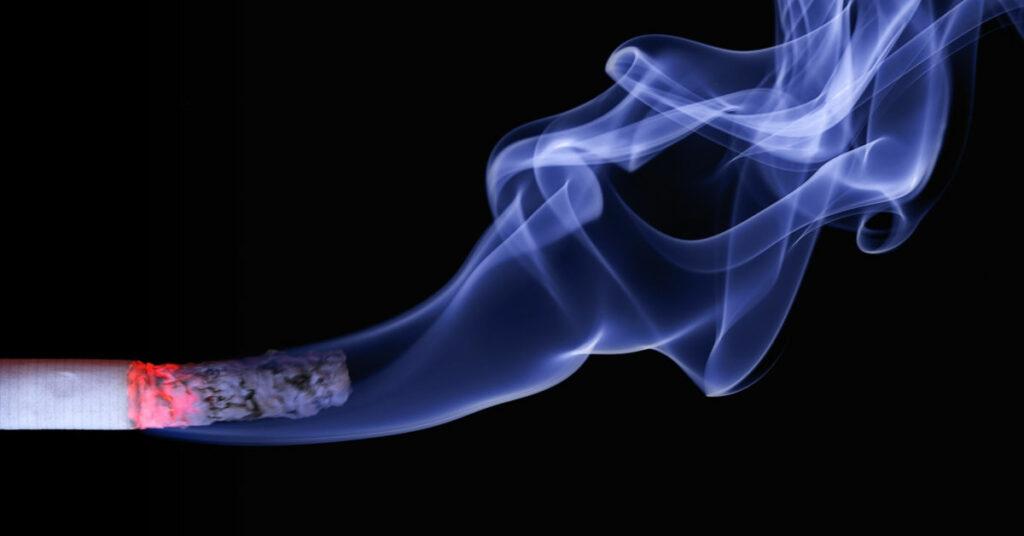 Symbolbild Zigarettenrauch