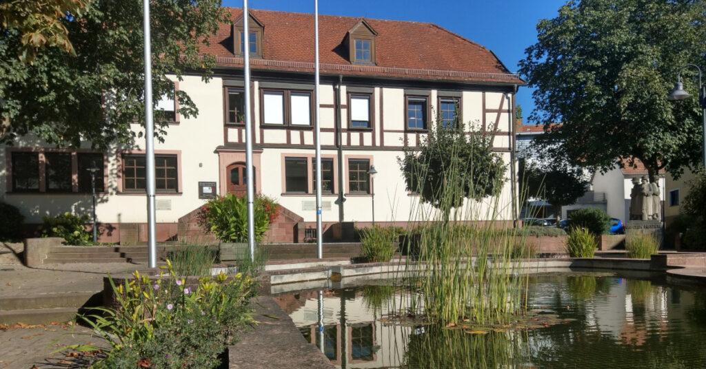Großrinderfeld: Das Rathaus